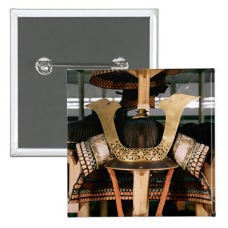 武士のヘルメット、14世紀半ば 5.1CM 正方形バッジ
