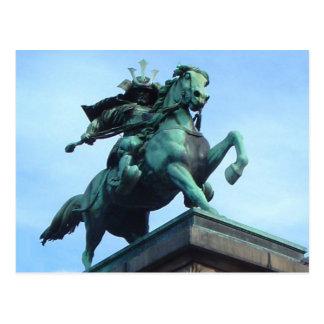 武士の戦士の彫像の郵便はがき ポストカード