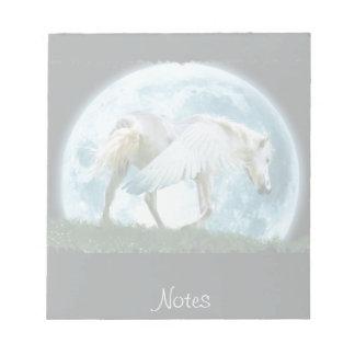 歩く白いペガソス及び満月のファンタジーのメモ帳 ノートパッド