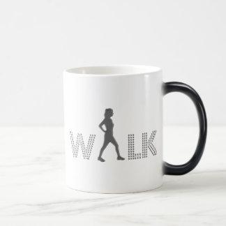 歩行 マジックマグカップ