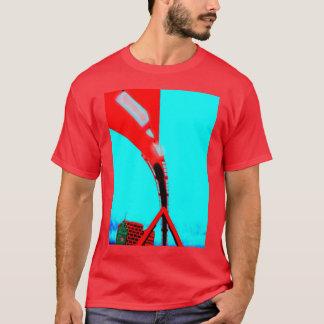 歩道橋の下 Tシャツ