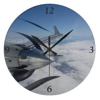 歪められたプロペラの時計 ラージ壁時計