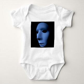 歪められた表面のような青い幽霊のエイリアンのクローズアップ ベビーボディスーツ