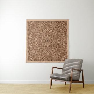 歪んだロープのヴィンテージの万華鏡のように千変万化するパターンの壁のタペストリー タペストリー