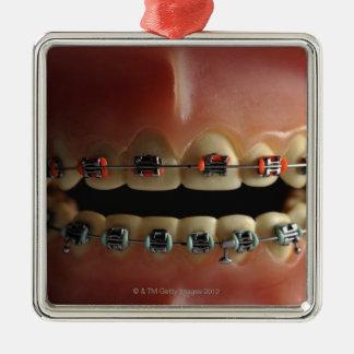 歯科モデルおよび歯の支柱 シルバーカラー正方形オーナメント