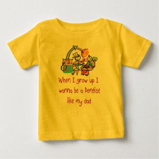 歯科医は私のパパのベビーのTシャツを好みます ベビーTシャツ