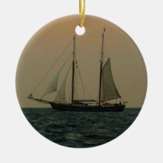 歴史的なスクーナー船 セラミックオーナメント