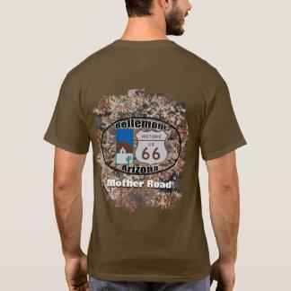 歴史的なルート66の~ Bellemont、アリゾナ Tシャツ