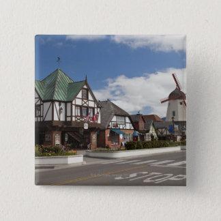歴史的なSolvangからの通り場面、「デンマーク語 5.1cm 正方形バッジ