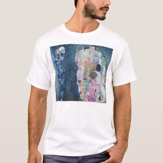 死および生命、c.1911 (キャンバスの油) tシャツ