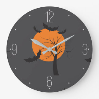 死んだ木、オレンジ月およびこうもりハロウィン ラージ壁時計