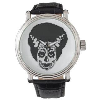死んだ花嫁の日 腕時計