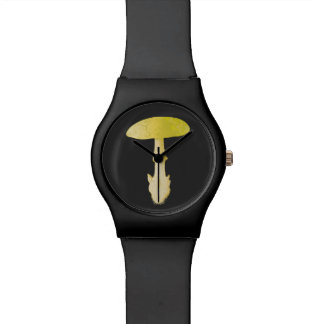 死帽子のテングタケ属のきのこ 腕時計