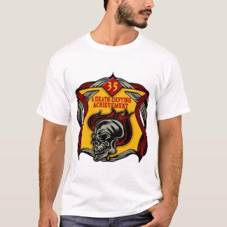 死挑む第35誕生日プレゼント Tシャツ