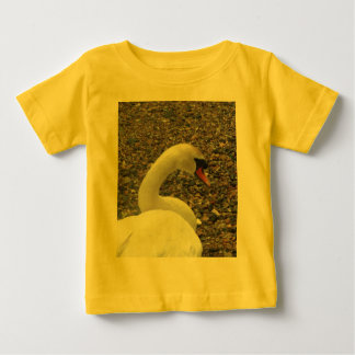 残りの白鳥 ベビーTシャツ