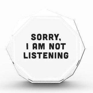 残念、私は聞いていません 表彰盾