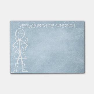母お母さんの黒板のブルー・ジーンズからのメッセージ ポストイット