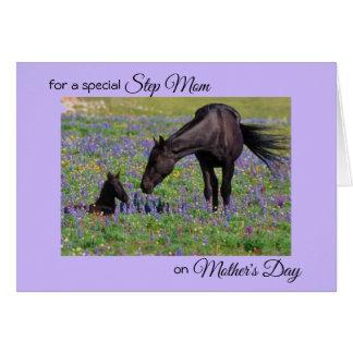 母の日のロバ及び子馬の花の牧草地の写真のノート カード