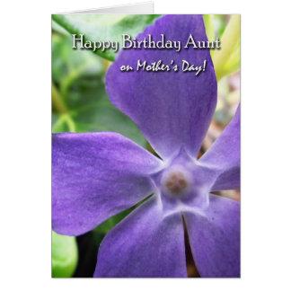 母の日の叔母さん、花盛りのVincaのための誕生日 グリーティングカード