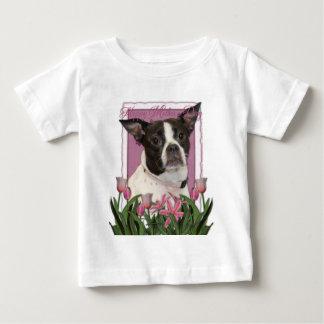 母の日-ピンクのチューリップボストン及びラットテリアの組合せ ベビーTシャツ