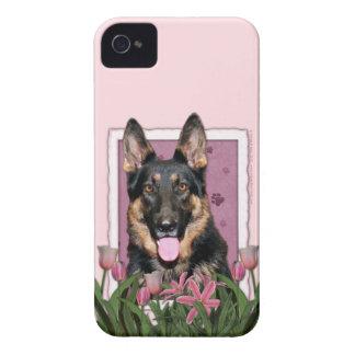 母の日-ピンクのチューリップ-クーノー-ジャーマン・シェパード Case-Mate iPhone 4 ケース