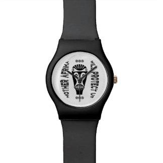 母アフリカは私達を保護します 腕時計