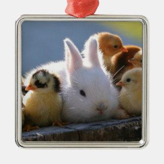 母ウサギはあるひよこを採用します メタルオーナメント