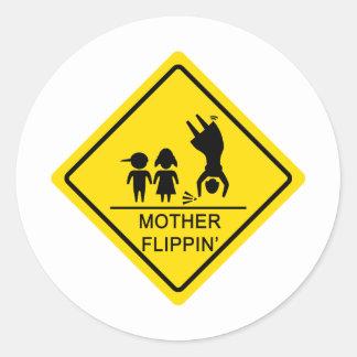 母Flippinの先方優先通行の標識 ラウンドシール