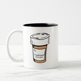 毎日二度めい想して下さい ツートーンマグカップ