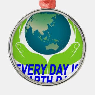 毎日地球DAY.pngはです メタルオーナメント