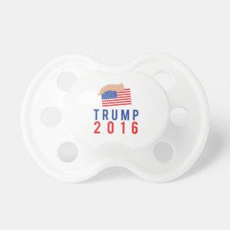 毛を搭載する大統領2016年のためのドナルド・トランプ おしゃぶり