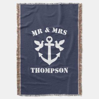 氏および夫人濃紺および白いの航海のないかり スローブランケット