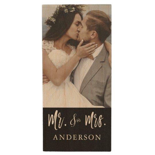 氏および夫人White Typography Wedding Photos USB ウッドUSBフラッシュドライブ