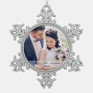氏及びNewlywed Wedding Photo Ornament夫人MS スノーフレークピューターオーナメント