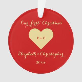氏夫人の初めてのクリスマスのハートのモノグラムを作成して下さいOur オーナメント