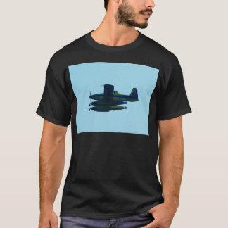 民間防衛隊の水上飛行機 Tシャツ
