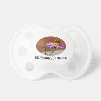 気づいて下さい蜂(花の蜂)に おしゃぶり