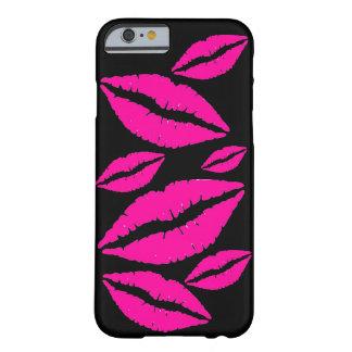 気のあるそぶりをしたなピンクの口紅は携帯電話の箱に接吻します BARELY THERE iPhone 6 ケース