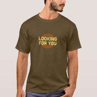 気のあるそぶりをした黄色ブラウンすべての色捜します Tシャツ