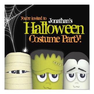気味悪いモンスター及び友人のハロウィンの衣裳のパーティー カード