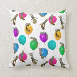 気球の枕のリス クッション