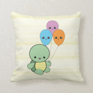 気球の枕を持つかわいいのカメ クッション