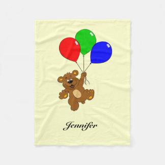 気球の漫画を持つかわいいくまは一流毛布をからかいます フリースブランケット
