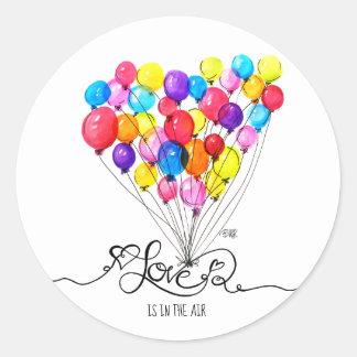 気球愛は空気|ハート|のバレンタインにあります ラウンドシール