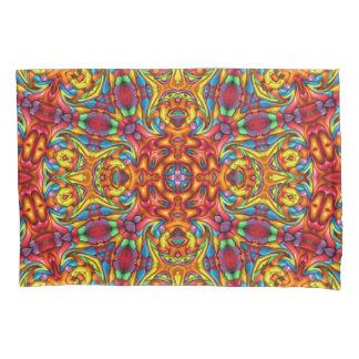 気紛れなTikiのヴィンテージの万華鏡のように千変万化するパターンの枕カバー 枕カバー