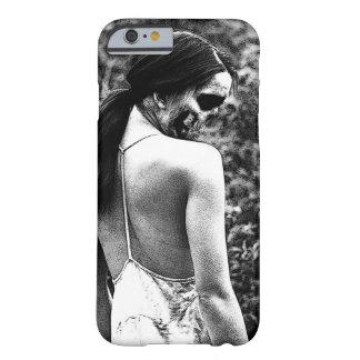 気色悪いスカルの女性 BARELY THERE iPhone 6 ケース