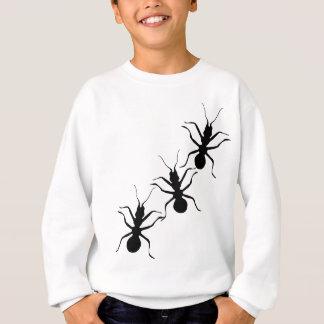 気色悪く薄気味悪く黒い蟻の昆虫 スウェットシャツ