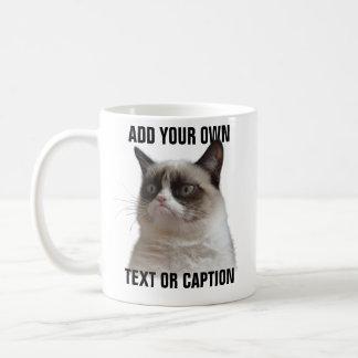 気難しい猫のまぶしさ-あなた自身の文字を加えて下さい コーヒーマグカップ