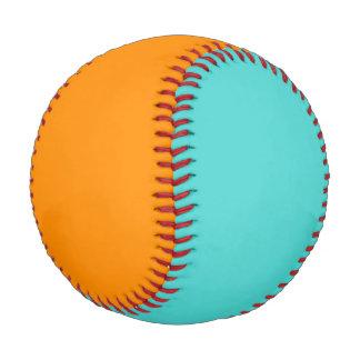水およびオレンジ野球 野球ボール
