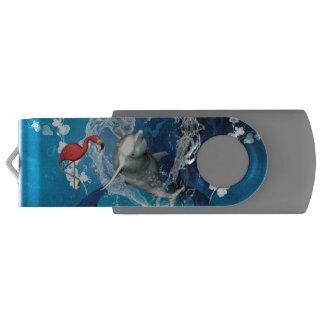 水から成っているハートによって跳んでいるおもしろいなイルカ USBフラッシュドライブ